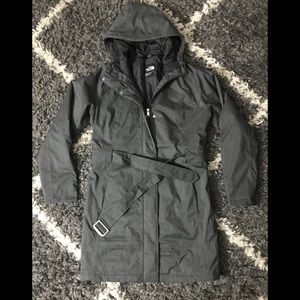 Women's The North Face HyVent trench jacket. Sz L